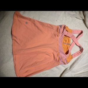 Lululemon orange tank size 6 built in bra